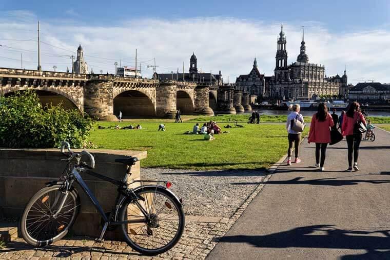 Elbufer und Altstadt in Dresden besuchen