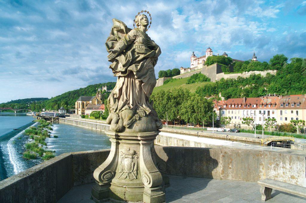 Würzburg mit Blick auf die Festung Marienberg