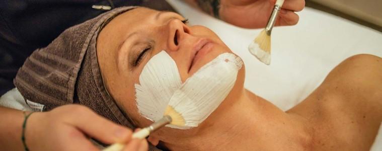 Heilkreide-Masken tun auch der Haut gut