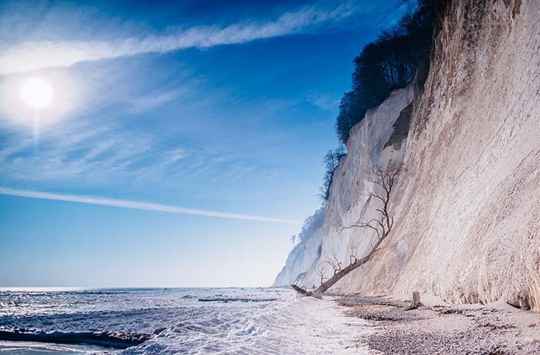 Besonders im Winter verzaubert die bizarre Landschaft ihre Besucher