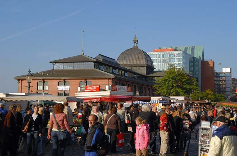 Hamburger Fischmarkt © Foto: www.mediaserver.hamburg.de / Christian Spahrbier